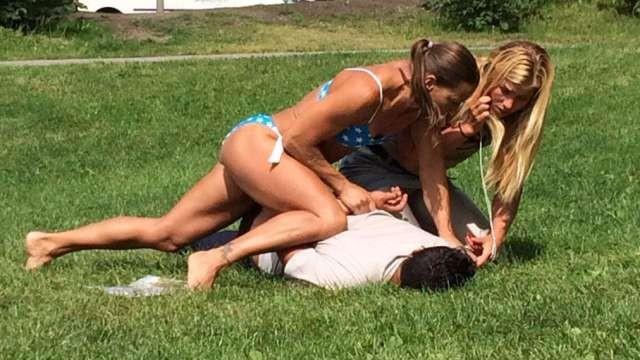 Sweedish bikini cop