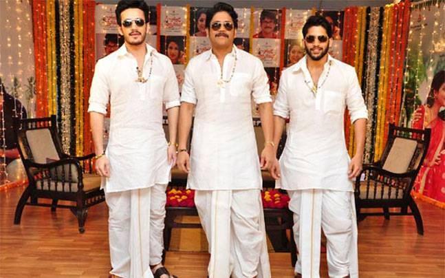 Nagarjuna with his sons Naga Chaitanya and Akhil Akkineni