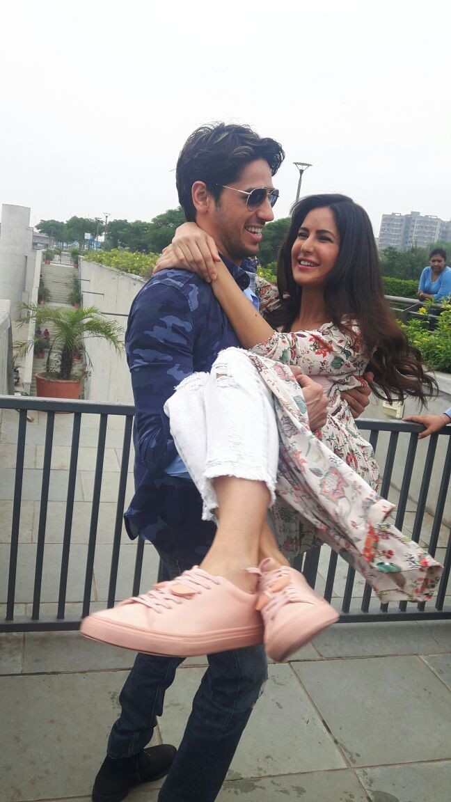 Sidharth and Katrina,Sidharth Malhotra,Katrina Kaif,Sidharth Malhotra and Katrina Kaif,Baar Baar Dekho,Baar Baar Dekho promotions,Baar Baar Dekho movie promotions,Baar Baar Dekho in Ahmedabad