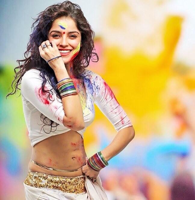Pia Bajpiee,Ranveer Singh,Ranveer Singh celebrates Holi,Pia Bajpiee celebrates Holi,holi celebration,holi celebration pics,holi celebration images