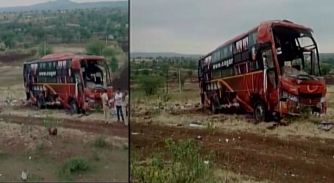 Bus accident in Beed in Maharashtra