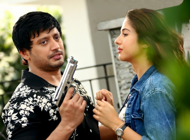 Saahasam,tamil movie Saahasam,Prashanth,Amanda,Arun Raj Varma movie,Saahasam movie stills,Saahasam movie pics,tamil movie pics,tamil movie photos