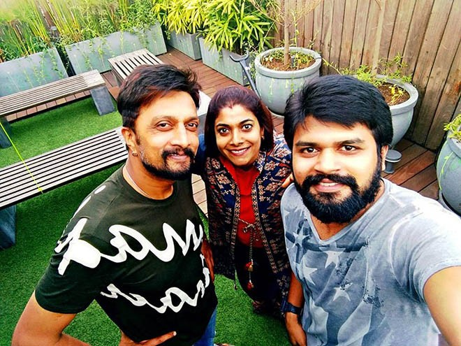 Kiccha Sudeep and Priya,Sudeep and Priya,Kiccha Sudeep,Sudeep celebrates Wedding Anniversary,Kiccha Sudeep celebrates Wedding Anniversary