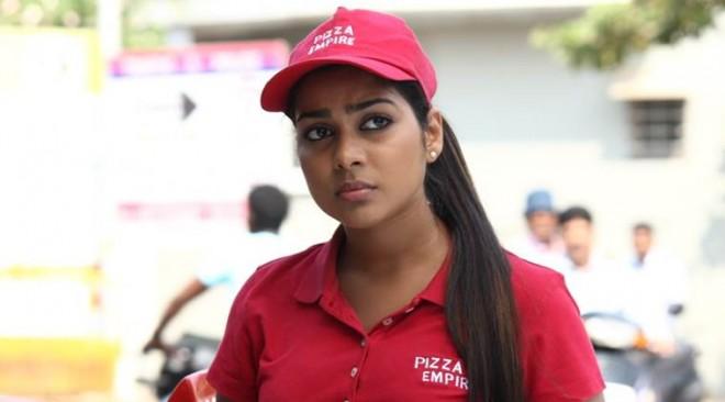 Satna Titus secretly marries distributor Karthi