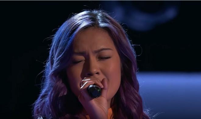 "Gabi Borromeo performs Leona Lewis' ""Happy"" on The Voice"