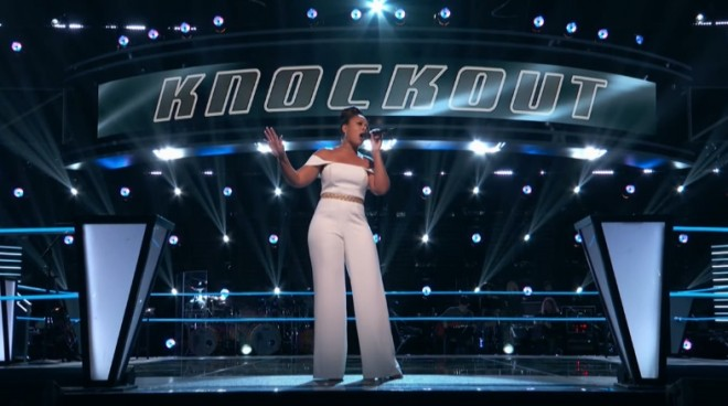 "Felicia Temple performing ""My Heart Will Go On"" on The Voice Season 12"