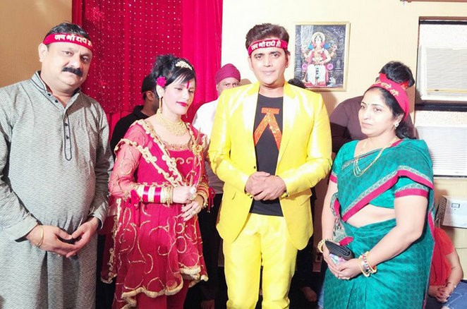 Radhe Maa With Celebrities - Photos,Images,Gallery - 26039-9108