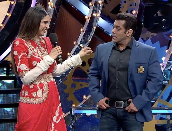 Deepika Padukone,actress Deepika Padukone,Deepika Padukone promotes Padmavati,Deepika Padukone and Salman Khan,Salman Khan,Deepika Padukone in Bigg Boss,Bigg Boss 11,Padmavati