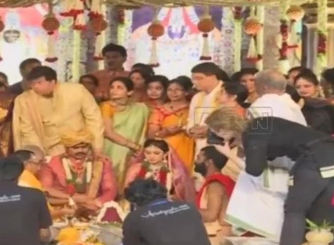 Manchu Manoj marriage pics,Manchu Manoj marriage stills,Manchu Manoj marriage photos,Manchu Manoj and Pranitha Reddy,Pranitha Reddy wedding stills,Manchu Manoj and Pranitha Reddy Wedding Pics,Manchu Manoj Wedding Pics,Manchu Manoj Wedding stills,Manchu Ma