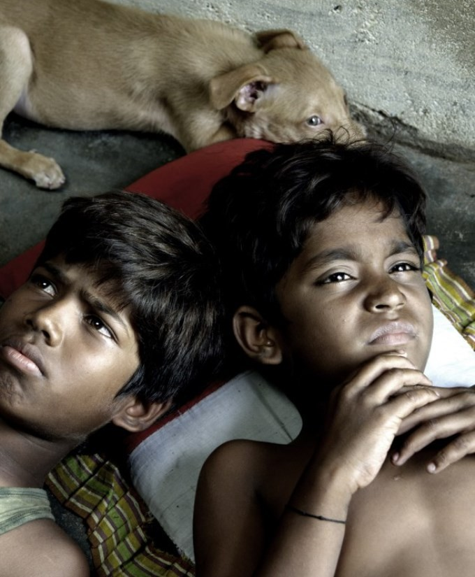 Kakka Muttai,tamil movie Kakka Muttai,Kakka Muttai Movie Stills,Kakka Muttai Movie pics,Kakka Muttai Movie images,Kakka Muttai Movie photos,Kakka Muttai Movie stills,dhanush,dhanush in Kakka Muttai,dhanush's Kakka Muttai