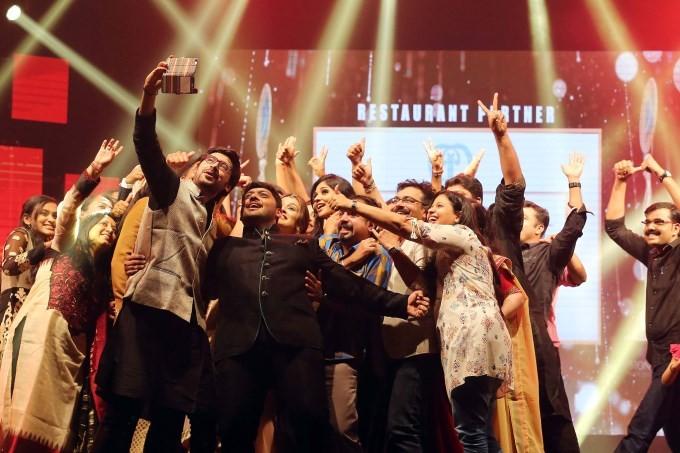 Asia Vision Awards 2015,Asia Vision Awards,Kajol,Sridevi Boney Kapoor,Sridevi,Asia Vision Awards 2015 pics,Asia Vision Awards 2015 images,Asia Vision Awards 2015 photos,Asia Vision Awards 2015 stills,Asia Vision Awards pics,Asia Vision Awards images,Asia