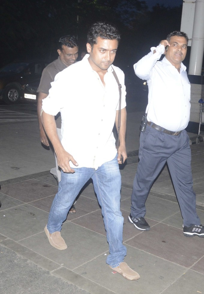 Suriya,Suriya snapped at Airport,actor Suriya,Suriya at Airport,Suriya latest pics,Suriya latest images,Suriya latest photos,Suriya latest stills