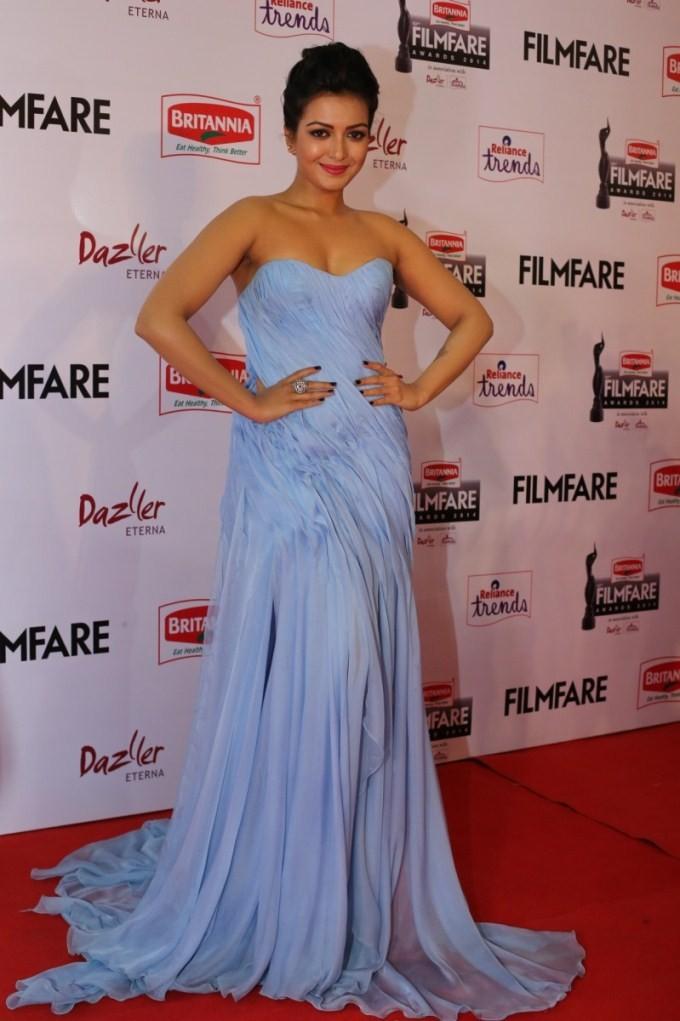 Catherine Tresa,actress Catherine Tresa,Catherine Tresa at 62nd Filmfare Awards,Catherine Tresa pics,62nd Filmfare Awards,Filmfare Awards,62nd Filmfare Awards 2015,Filmfare Awards 2015,Filmfare Awards pics,Filmfare Awards images,Filmfare Awards photos