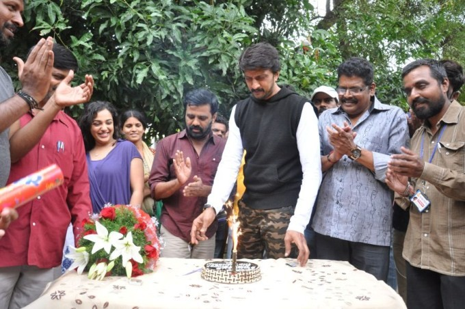 Kiccha Sudeep,Sudeep,actor Sudeep,happy birthday Sudeep,Sudeep birthday celebration,Nithya Menon,KS Ravikumar,Sudeep birthday celebration pics,Sudeep birthday celebration images,Sudeep birthday celebration photos,Sudeep birthday celebration stills,Sudeep
