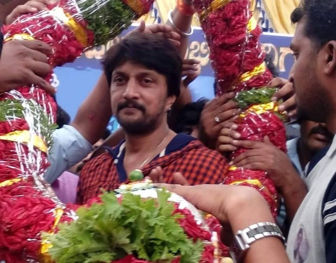 Sudeep,Kichcha Sudeep,Sudeep 42nd Birthday Celebrations,Sudeep Birthday Celebrations,happy birthday Sudeep,Sudeep birthday,Sudeep Birthday Celebrations pics,Sudeep Birthday Celebrations images,Sudeep Birthday Celebrations photos,Sudeep Birthday Celebratio