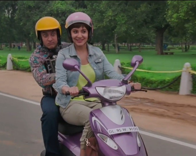 'PK' 2nd Song 'Love is a Waste of Time' Review
