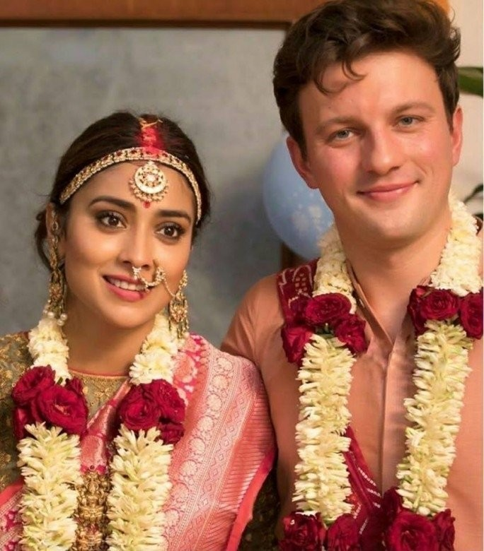 Shriya Saran and Andrei Koscheev,Shriya Saran,Andrei Koscheev,Shriya Saran wedding pics,Shriya Saran wedding pictures,Shriya Saran wedding photos,Shriya Saran marriage,Shriya Saran marriage pics,Shriya Saran marriage images,Shriya Saran marriage photos