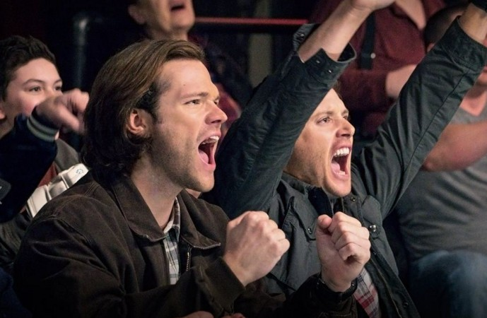 Supernatural arrow crossover sam and dean to meet oliver queen supernatural m4hsunfo