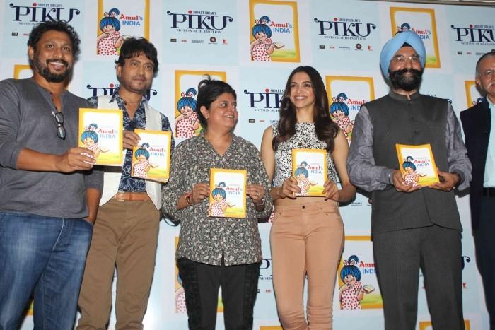 Deepika Padukone,irrfan khan,shoojit,Amul's India Book Launch,Deepika,Irrfan and Shoojit snapped at Amul's India Book Launch,Piku promotion,deepika padukone pics,deepika padukone images,hot deepika padukone,deepika padukone latest pics