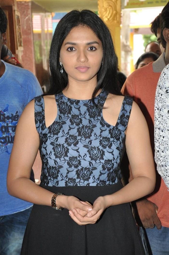 Sunaina,actress Sunaina,south indian actress Sunaina,tamil actress Sunaina,Sunaina hot pics,Sunaina pics,Sunaina images,Sunaina photos,Sunaina stills