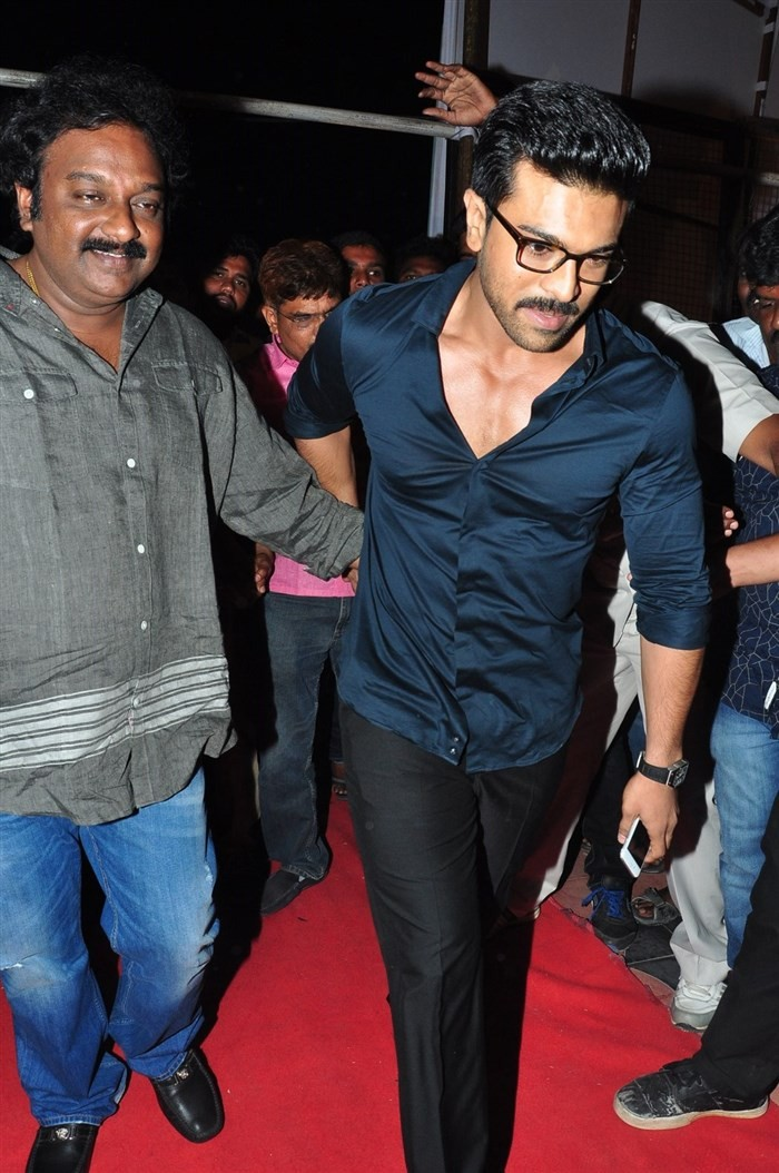 Chiranjeevi Birthday celebration,Ram Charan,Allu Arjun,Allu Aravind,VV Vinayak,Rakul Preet Singh,Rashi Khanna,Sai Dharam Tej,Allu Sirish,Chiranjeevi Birthday celebration pics,Chiranjeevi Birthday celebration images,Chiranjeevi Birthday celebration photos