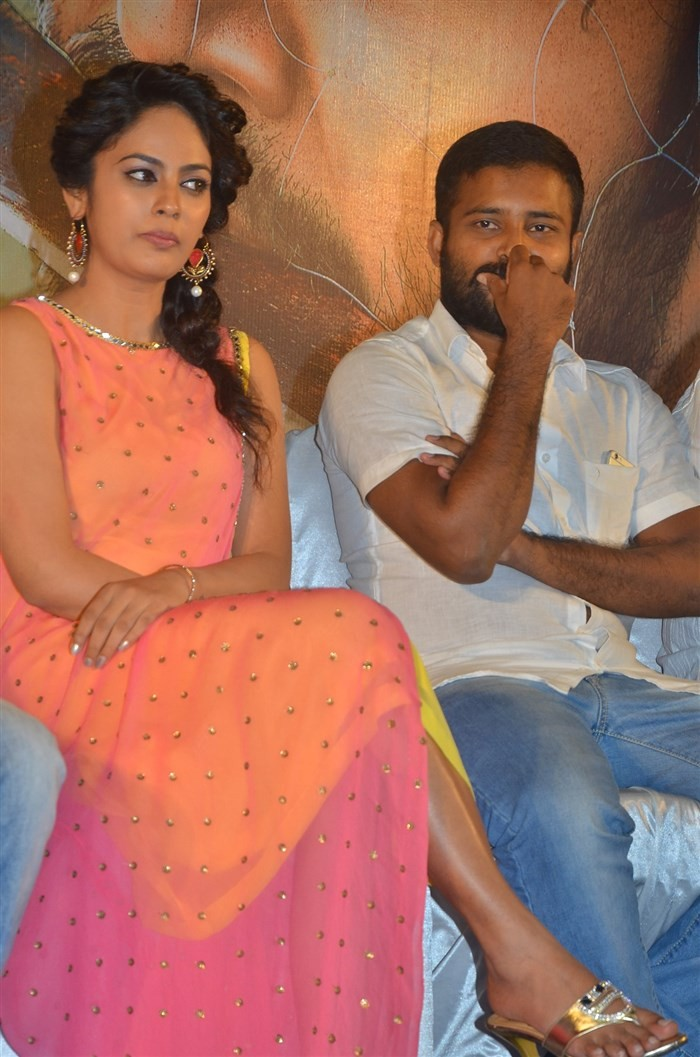 Tamil movie Ulkuthu Audio Launch held in Chennai. Celebs like Attakathi Dinesh Ravi, Nandita Swetha, Justin Prabhakaran, Caarthick Raju, Comedy actor Sriman, Bala Saravanan and others graced the event.