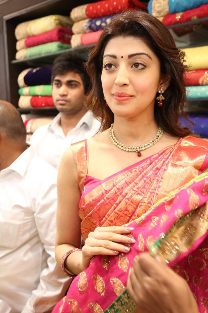 Pranitha launches Kanchipuram VRK Silk Sarees Showroom,Pranitha,actress Pranitha,Pranitha latest pics,Pranitha pics,Pranitha images,VRK Silk Sarees,Pranitha photos,telugu actress Pranitha,south indian actress Pranitha
