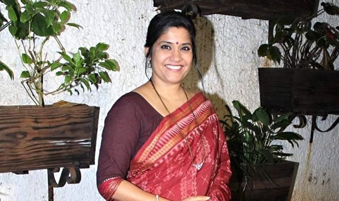 Renuka Shahane,3 Storeys,Renuka Shahane character