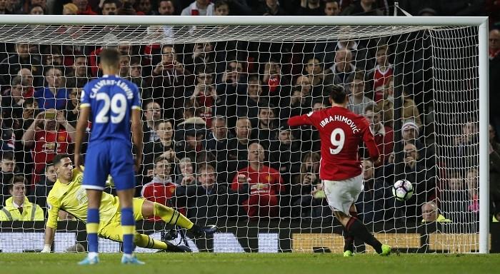 Zlatan Ibrahimovic, Manchester United, Everton, EPL, penalty