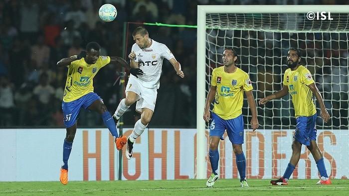 NorthEast United Kerala Blasters Hengbart Sandesh Jhingan