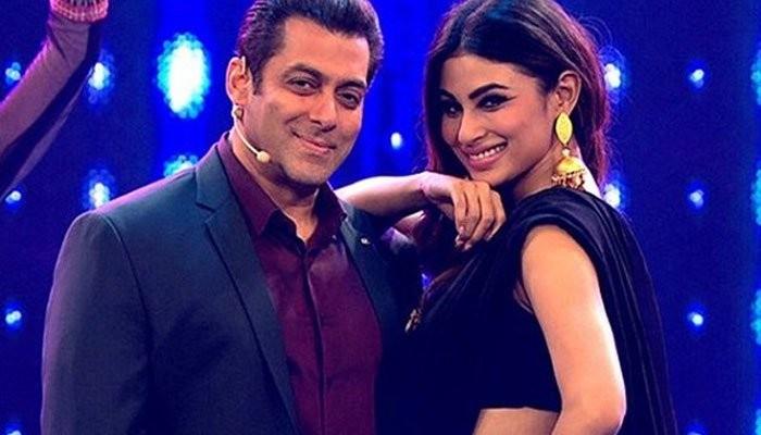 Salman Khan, Mouni Roy