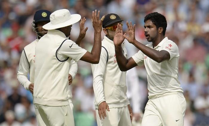 Varun Aaron Virat Kohli India