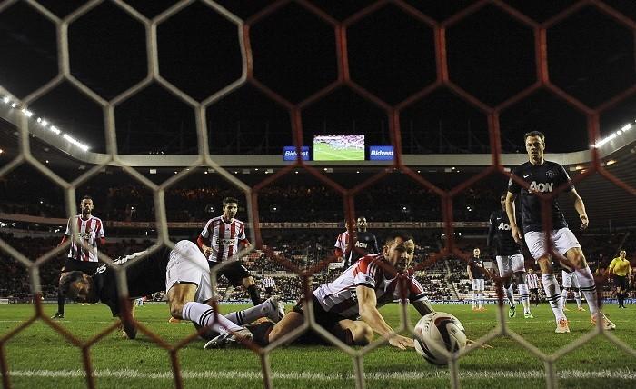 Ryan Giggs Manchester United Phil Bardsley Sunderland