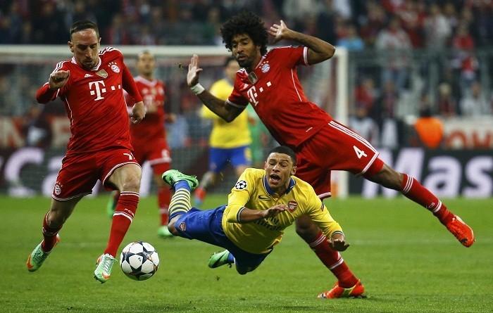 Oxlade-Chamberlain Arsenal Ribery Dante Bayern Munich