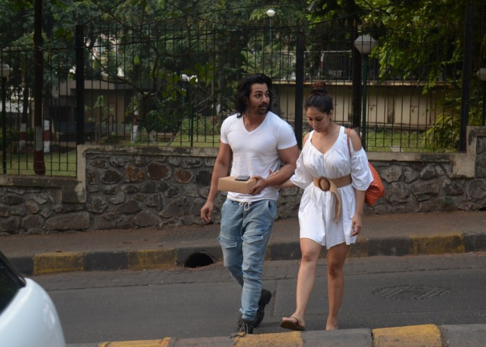Kim Sharma spotted with rumoured boyfriend Harshvardhan Rane
