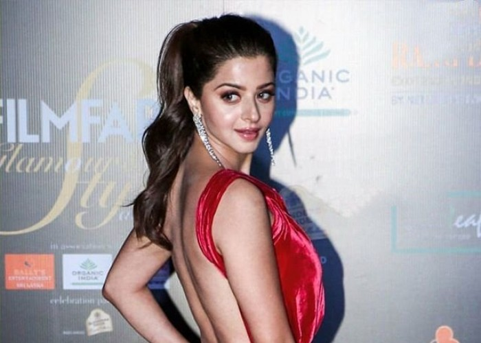 Vedhika at Filmfare Glamour and Style Awards 2019
