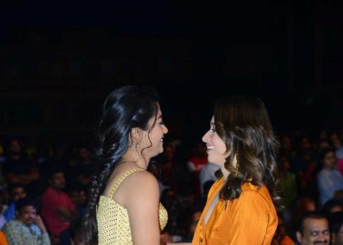 Rashmika Mandanna Greeted by Tamannaa Bhatia