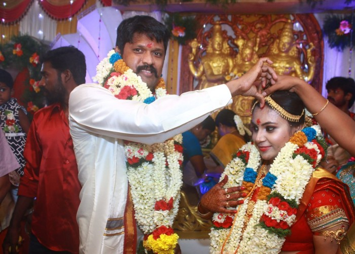 South Indian actor Soundararaja tied the knot with long-time beau Tamanna as per Hindu customs in Madurai.