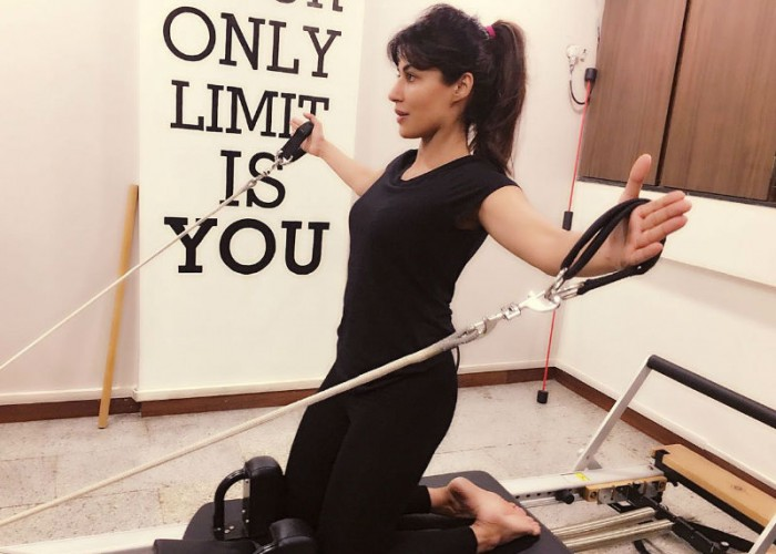 The actress is currently busy shooting for her upcoming next 'Bazaar' and 'Sahib Biwi Aur Gangster 3' along with the promotions of Soorma, her debut film as a producer. In admits this busy schedule, Chitrangda has been resorting to Pilates and Kickboxing on a regular basis to keep herself fit and going. Chitrangda shares,