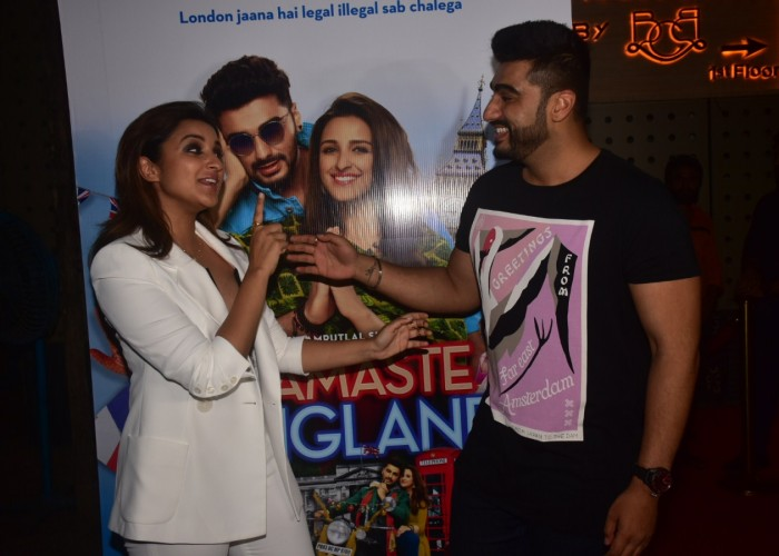 The cast and crew of Vipul Amrutlal Shah's 'Namaste England' celebrated the wrap of the film with a grand bash in the suburbs of Mumbai. Arjun Kapoor and Parineeti Chopra along with director Vipul Amrutlal Shah enjoyed the wrap-up party of their upcoming film Namaste England along with producer Jayantlial Gada and his family. The party was also attended by Boney Kapoor and Satish Kaushik. The team recently wrapped up the last schedule in London, after the completion of Punjab schedule in India. Arjun Kapoor and Parineeti Chopra will be seen collaborating for the second time after the actors' debut film 'Ishaqzaade'.