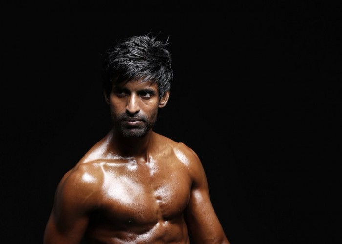 Seema Raja actor Sivakarthikeyan unveils Soori's 6-pack; pic goes viral