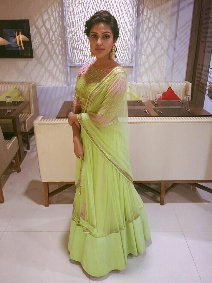 Shanthanu wedding,shanthanu wedding reception photos,shanthanu,shanthanu keerthy wedding reception photos,Amala paul at shanthanu keerthy wedding