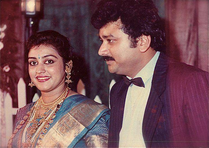 Jayaram parvathy,jayaram parvathy photos,jayaram parvathy wedding anniversary,jayaram family photos,jayaram parvathy wedding photos