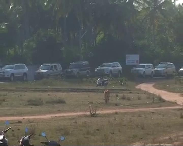 Tamil Nadu crisis,AIADMK crisis,MLA,Sasikala,VK Sasikala,Golden Bay Resort,Kuvathur,Golden Bay Resort in Kuvathur