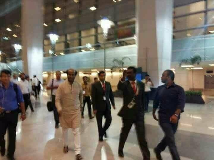 Super Star Rajinikanth,Rajinikanth,Sridevi last rites,sridevi death,Sridevi passes away,Rajinikanth in Mumbai,Sridevi Kapoor,sridevi funeral