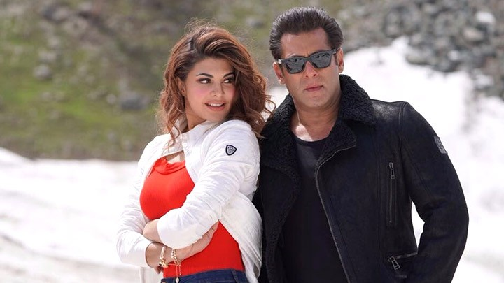 Jacqueline and Salman Khan,Jacqueline Fernandez,Salman Khan,Race 3,Selfish,Race 3 release,Race 3 movie release,Race 3 review