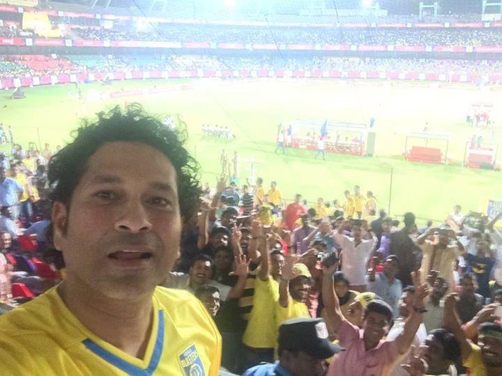 Sachin tendulkar,sachin tendulkar selfies,happy birthday sachin tendulkar,happy birthday cricket god,sachin selfies,sachin rare photos