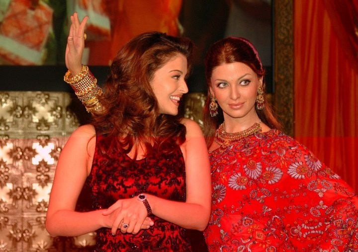 Bollywood Stars at Madame Tussauds Wax Museum (PHOTO)