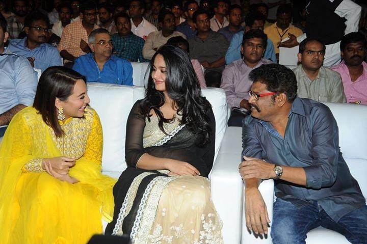 Sonakshi Sinha, Anushka Shetty and director KS Ravikumar