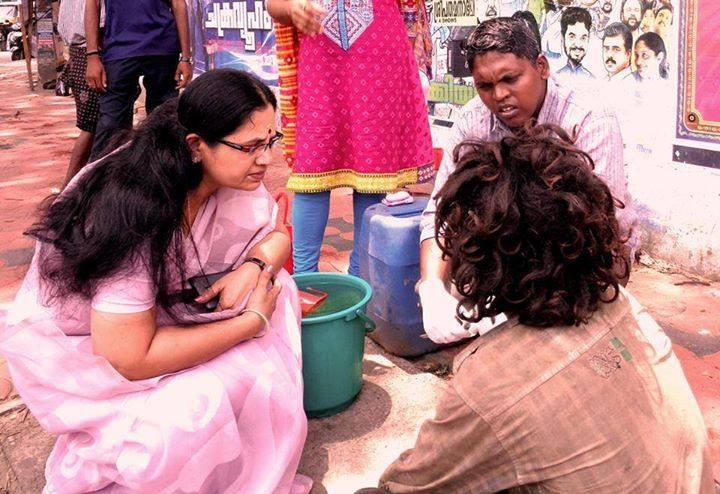 Bhagyalakshmi rescues mentally challenged person